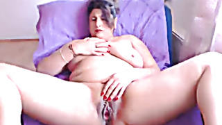 Mature mom cheats on cam