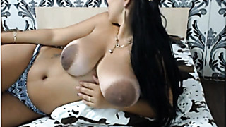 Milf with big brown nipples in fron of cam