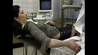 Piercied brunette hottie fucks the dentist